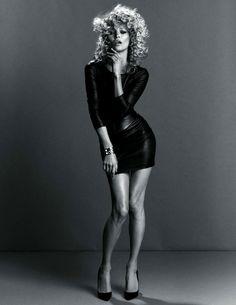 Kate Moss for Vogue Paris September 2010 by Inez van Lamsweerde & Vinoodh Matadin #Kate_Moss #Woman #Beauty
