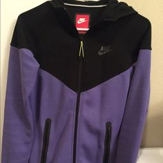 Women's Nike tech fleece zip up Never worn, Nike Tech Fleece Zip Up, keeps your dry and warm. Nike Jackets & Coats