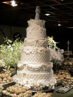 Detalhe da imagem de —Lala Rudge bolo de casamento Casamento Lala maravilhoso!!