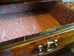 Desk drawer lined inside with new Farrow & Ball wallpaper pattern Paisley BP 4707 Wallpaper Drawers, Wallpaper Samples, Pattern Wallpaper, Farrow And Ball Paint, Farrow Ball, Exterior Colors, Interior And Exterior, Lining Drawers, Painting Wallpaper