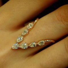 """V-luxe Deluxe II"" 18K Rose Gold Diamond Ring - Plukka - Shop Fine Jewelry Online"