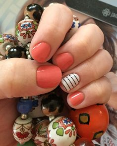 Jamberry grape fruit and country club Jamberry Combos, Jamberry Nail Wraps, Mani Pedi, Manicure, Beauty Hacks, Beauty Tips, Pretty Nails, Hair And Nails, How To Make