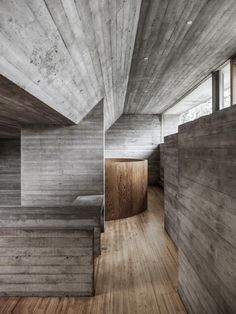 House Van Wassenhove by Juliaan Lampens offers architecture and design lovers the chance to stay in a brutalist house with striking raw concrete details. Japan Architecture, Futuristic Architecture, Contemporary Architecture, Architecture Details, Interior Architecture, Rendering Architecture, Architecture Diagrams, Architecture Portfolio, Interior Design