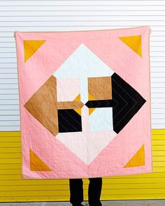 Love this quilt made with Riley Blake Confetti Cotton!