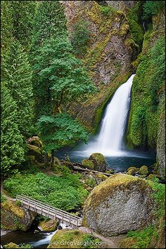 Most Beautiful Places To Visit Before You Die, Wahclella Falls, columbia River Gorge National Scenic Area, Oregon Places Around The World, Oh The Places You'll Go, Places To Travel, Around The Worlds, Beautiful Waterfalls, Beautiful Landscapes, Nature Landscape, Landscape Architecture, Oregon Waterfalls