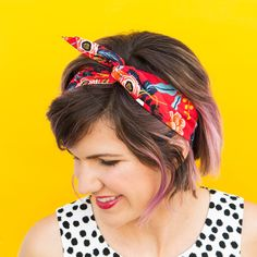 Bad hair days begone with this adorable DIY wire headband! No sewing is required so you can quickly make one in all your favorite fabrics. by Sarah Hearts