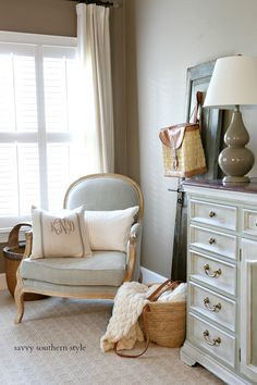Savvy Southern Style : Kitchens, a Bathroom, a Bedroom and More…French Country… - Country Kitchen Flooring, Country Dining Rooms, Country Furniture, Cottage Furniture, Antique Furniture, French Country Rug, French Country Bedrooms, French Country Decorating, Country Bathrooms