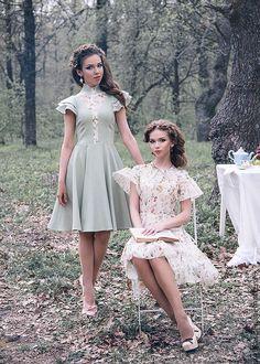 Lovely Dresses, Vintage Dresses, Vintage Outfits, Flower Girl Dresses, Pink Dress Casual, Casual Dresses, Corporate Outfits, Indian Dresses, Couture Fashion