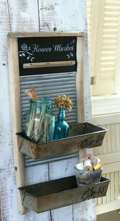 Primitive bathrooms 28710516362286165 - black and white vintage bathrooms cottage style Source by kathyschupman Upcycled Home Decor, Repurposed Furniture, Rustic Furniture, Country Decor, Rustic Decor, Farmhouse Decor, Primitive Decor, Primitive Country, Farmhouse Style