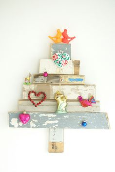 love your sweet little christmas tree so much, ingrid...the wonderful work by wood & wool stool