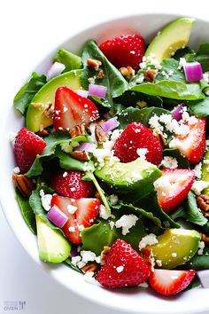 Strawberry Kale Salad -- made with baby kale, and overflowing with fresh strawberries and avocado | gimmesomeoven.com #vegetarian #glutenfree