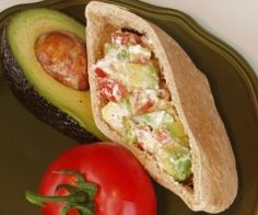 Kangaroo Pita Chips - Avocado, Tomato & Yogurt Pita filling (and many other fresh filling recipes) - Feingold Stage 2 Healthy Cooking, Healthy Snacks, Healthy Eating, Healthy Recipes, Sandwiches For Lunch, Delicious Sandwiches, Kangaroo Recipe, Aussie Food, True Food