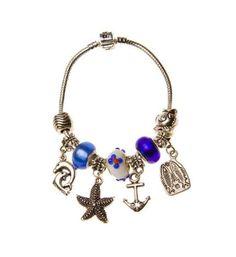 Pandora com pulseira prateada com pignentes marítimo - R$45.00