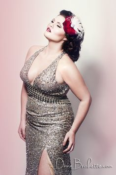 1542046818080 plus size  curvy girl fashion My daughter and I think she is pretty!  Another pinner said