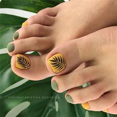 Amazing Toe Nails Designs To Choose In Summer Amazing Toe Nails Designs To Choose In Summer - Nail Art Connect Toe Nail Color, Toe Nail Art, Nail Colors, Shellac Nails, Pedicure Nails, My Nails, Pedicure Designs, Toe Nail Designs, Feet Nail Design