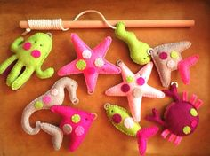 Magnetic Fishing Toy, Felt Sea Animals with Fishing Rod, Set of 9,Green, Magenta, Gray, Pink