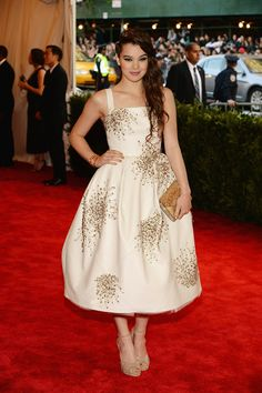 Hailee Steinfeld in Donna Karan Atelier -  Punk: Chaos to Couture, 2013