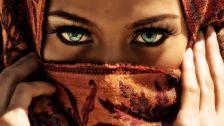 Captivating eyes.. beautiful sharp abstract