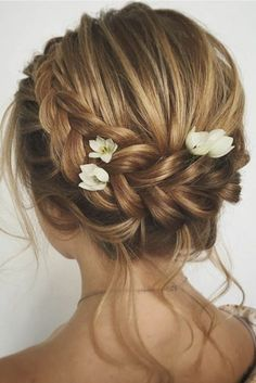 Wedding Hairstyles for Short Hair In 2020 Wedding Hairstyles for Short Hair Updos Best Short Haircuts Of 98 Best Wedding Hairstyles for Short Hair In 2020 Updos For Medium Length Hair, Prom Hairstyles For Short Hair, Wedding Guest Hairstyles, Short Hair Updo, Best Short Haircuts, Short Wedding Hair, Short Hair Cuts, Medium Hair Styles, Curly Hair Styles