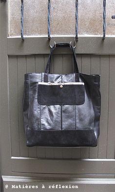 Cabas ArtDeco cuir noir/lamé #cabas #sac #noir #cuir #leather #bag #métal #shiny #handbag #black #suede #daim #fashion #ss15 #matieresareflexion #soldes #onsale #sales #promo