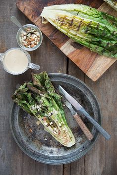 Grilled Romaine with Toasted Almonds and Caesar Dressing - Slim Palate #food #paleo #glutenfree