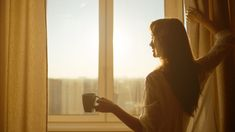 Conquer the Morning: Before Changing How You Wake Up, Identify 'Why' You Wake Up Monday Morning Blues, Las Vegas, Focus Your Mind, Always Late, Take Five, Miracle Morning, Business Stories, Morning Person, Magazine Articles