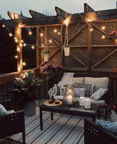 Outdoor Seating Areas, Patio Seating, Outdoor Rooms, Backyard Patio Designs, Diy Patio, Patio Ideas, Porch Ideas, Backyard Landscaping, Backyard Sitting Areas