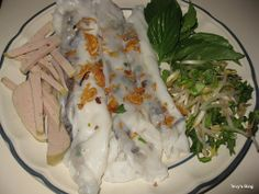Welcome to Tevy's Kitchen: Rice Rolls Stuffed with Pork (Banh Cuon)