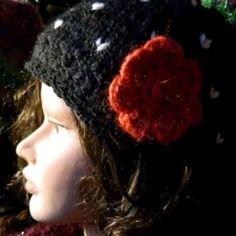 Bonnet laine femme tricot et crochet rétro fleur Fait Main, Faire Soi Meme,  Bonnet eebbd4108a7