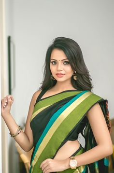 Indian Heritage, Portraits, Saree Dress, Beautiful Saree, Indian Sarees, Beautiful Actresses, Indian Beauty, Desi, Elegant