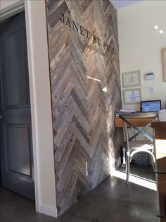 Herringbone pallet wood wall. I love chevrons, and I'm thinking about doing this in my office nook. :)
