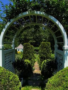 At Home in Connecticut at River Road Farm - Quintessence House Sitting, New England Homes, Landscaping Company, White Gardens, The Masterpiece, Maine House, Historic Homes, Horticulture