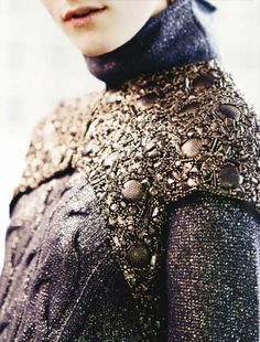 What Brienne of Tarth would wear, not far off from where it looks like they are taking her costume designs for Couture Details, Fashion Details, Jaime Lannister, Cersei Lannister, Couture Fashion, Runway Fashion, Johanna Mason, Captive Prince, Fabric Manipulation