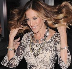 Sarah Jessica Parker in layered FENTON look