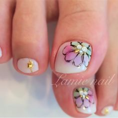 かわいいネイルを見つけたよ♪ #nailbook Toenail Art Designs, Pedicure Designs, Fancy Nails, Pretty Nails, Toe Nail Art, Acrylic Nails, Pale Nails, Nail Atelier, Self Nail