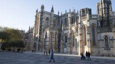 Mosteiro da Batalha estabelece protocolo de colaboração com maior templo budista domundo Cathedral, Portugal, Street View, Building, Travel, Christ, Contemporary Artwork, Statue Of, National Museum