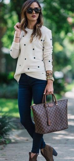 20 Fall Outfits Ideas for Women Casual Comfy and Simple 2019 I really like this whole look (except the purse). I especially like the sweater. The post 20 Fall Outfits Ideas for Women Casual Comfy and Simple 2019 appeared first on Outfit Diy. Casual Work Outfits, Mode Outfits, Work Casual, Fashion Outfits, Casual Fall, Outfit Work, Casual Chic, Dress Casual, Outfits 2016