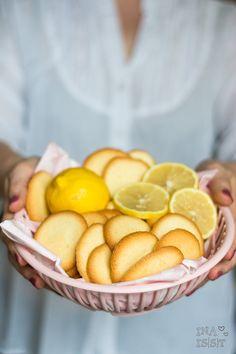 Feine Azora Zitronenkekse /// Crispy Milano Lemon Cookies