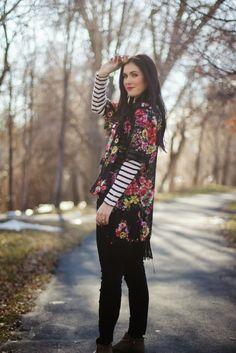 adfbd952ec 46 Best Ways to wear a Monroe Kimono images