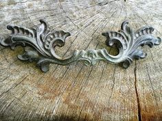 Vintage+1950s+Patina+Drawer+Handle++w/screws+by+JUNQFUSION+on+Etsy,+$7.99
