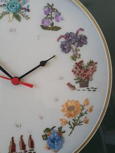 Clock - ribbon embroidery - ribbon embroidery clock- s special product… Hand Embroidery Videos, Hand Embroidery Flowers, Types Of Embroidery, Silk Ribbon Embroidery, Hand Embroidery Patterns, Diy Embroidery, Cross Stitch Embroidery, Creative Textiles, Ribbon Art