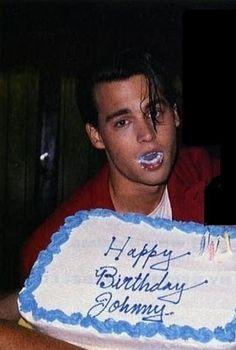 Johnny Depp has mouth of cake Johnny And Winona, Young Johnny Depp, Johnny Depp Movies, Beautiful Boys, Pretty Boys, Fangirl, Johny Depp, Papi, Having A Crush