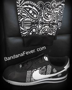 Pirate Skull and Old Pistols Slip On Rubber Sole Sneakers Canvas Shoes for Women Lightweight