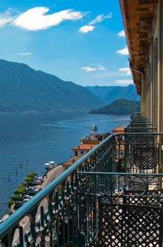 Lake Como, Italy stayed at this hotel in 2003 Places To Travel, Places To See, Travel Destinations, Travel Stuff, Dream Vacations, Vacation Spots, Comer See, Lake Como Italy, Lakes