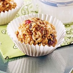 Bite-sized crunchy with puffed rice Granola Cookies, Sweet Recipes, Healthy Recipes, Puffed Rice, Energy Bites, Rice Krispies, Bite Size, Family Meals, Yummy Treats
