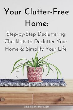 Your Clutter-Free Home - a step-by-step decluttering guide to declutter your home & simplify your life. Filled with all the tools, knowledge and encouragement you need to declutter confidently and with ease. As well as detailed decluttering checklists for every space in your home! Making it easy to know where to start, what to focus on and what to declutter next! It's the road map you need to clear the clutter and create a home you love #declutter #declutteringguide #howtodeclutter #declutte Clutter Organization, Kids Room Organization, Declutter Your Life, Clutter Free Home, Making Life Easier, Tidy Up, Organizing Your Home, Simple Living, Homemaking