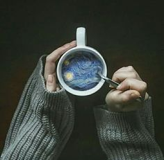 Credit: ArtsyyyAF I love this pin because it seems so simple, but when you look in the cup, it& very complex. I think this is something I& like to try on photoshop with a simple image because it really brings the photo to life. Vincent Van Gogh, Creative Photography, Art Photography, Photography Aesthetic, Photography Exhibition, Surrealism Photography, Photography Awards, Photography Services, Professional Photography