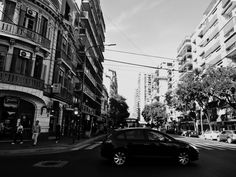 https://flic.kr/s/aHskuWXBAi | Güemes y Av Raúl Scalabrini Ortiz, Palermo, Buenos Aires | Güemes y Av Raúl Scalabrini Ortiz, Palermo, Buenos Aires