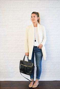 white tee, white cardigan, skinny jeans, nude flats