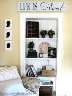 I love built-in bookshelves. Such a space saver and it looks awesome too!